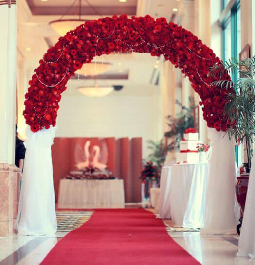 Những ý tưởng cưới với cổng hoa rực rỡ
