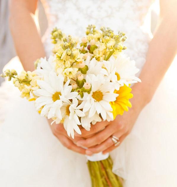hoa cúc cầm tay cho ngày cưới