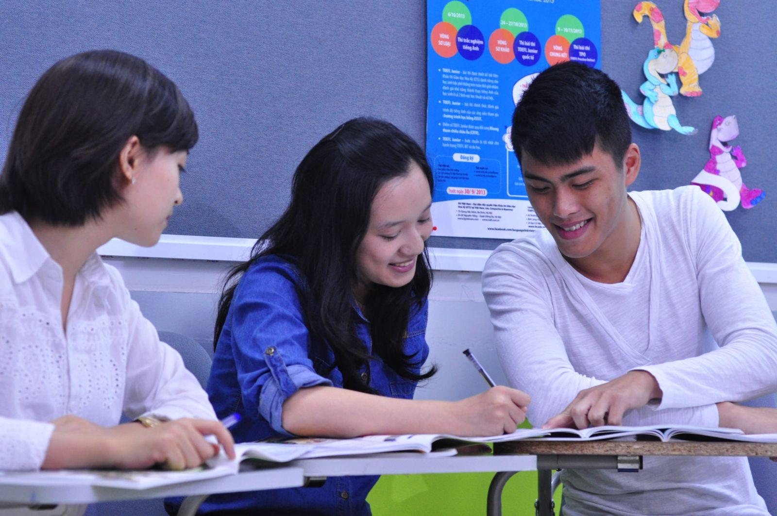 Phân biệt thì tương lai đơn và hiện tại tiếp diễn giúp học tiếng Anh tốt hơn