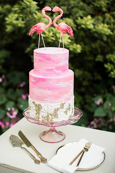 25 ý tưởng trang trí thu hút cho tiệc cưới phong cách nhiệt đới