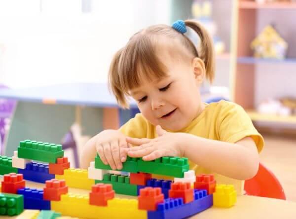 Những điều kiện cần để kích thích trí não bé phát triển
