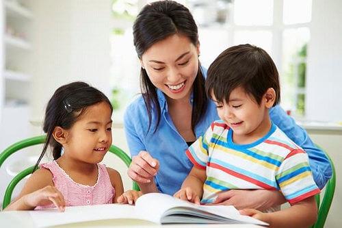 Lời khuyên cho cha mẹ khi bắt đầu dạy tiếng Anh cho con