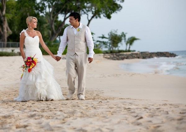Đám cưới lãng mạn tại bãi biển Crane, Barbados