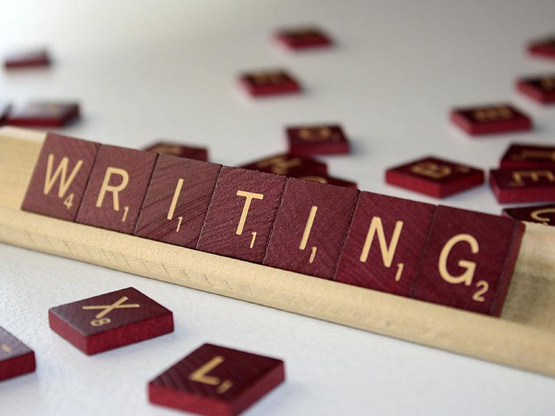 Hãy chọn chủ đề yêu thích để luyện viết