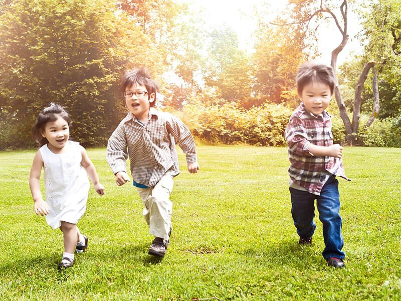 cách dạy con thông minh và vận động giúp trẻ thông minh hơn