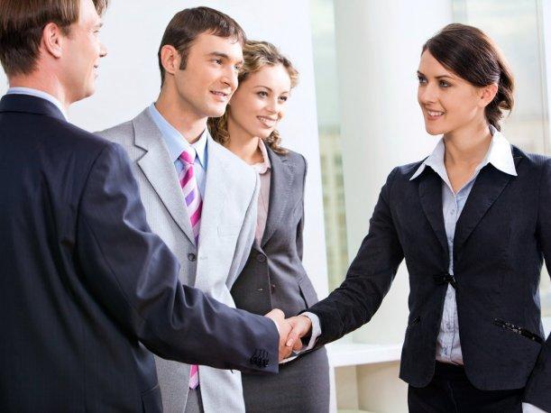 Thái độ và tác phong lịch thiệp trong đàm phán thuê văn phòng quận 1