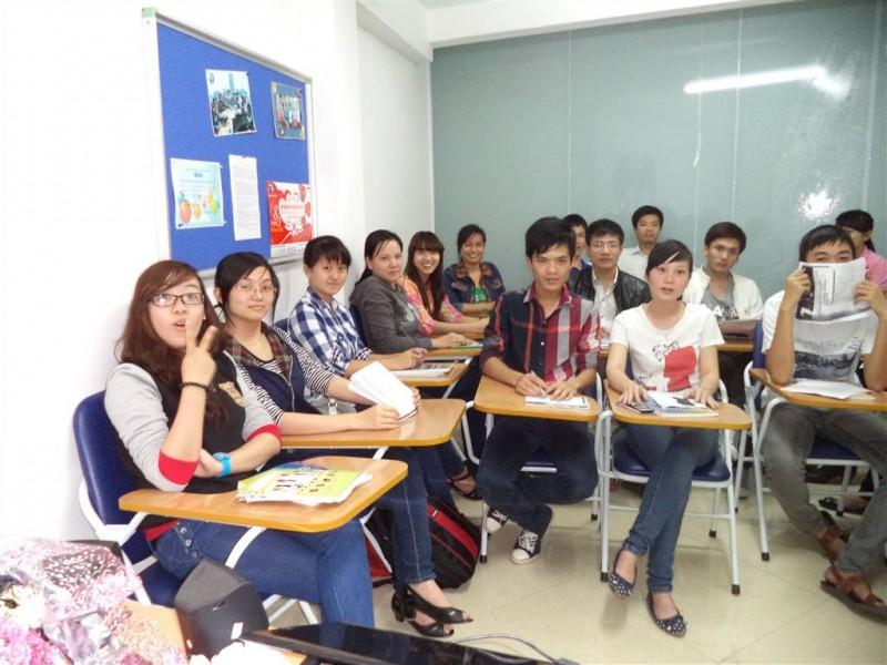 Trung tâm tiếng Anh cho người đi làm tại Hà Nội